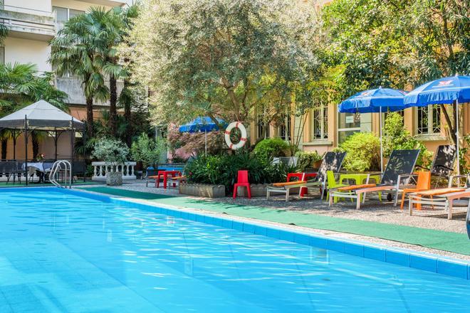Best Western Hotel Bellevue Au Lac - Lugano - Uima-allas