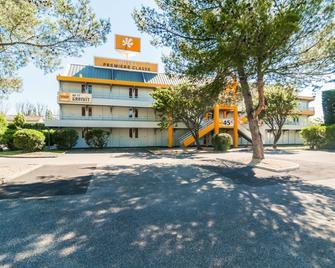 Premiere Classe Orange - Orange - Gebäude