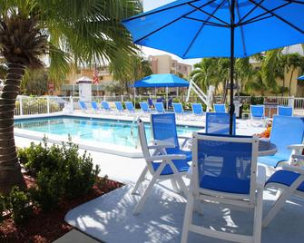 Sea Spray Inn - Lauderdale-by-the-Sea - Pool