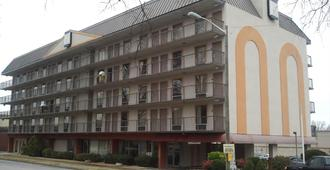 Studio 9 Inn & Suites - Decatur - Edificio