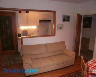 Appartamento Posmonte - Collina d'Oro - Living room