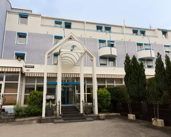 The Originals City, Hôtel du Faucigny, Cluses Ouest - Scionzier - Building