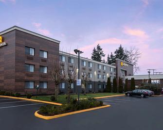 La Quinta Inn Everett - Everett - Building