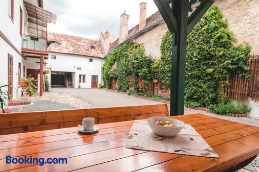 Guesthouse Casa Baciu - Sibiu - Balcony