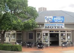 Coachman Hotel Motel - Parkes - Building