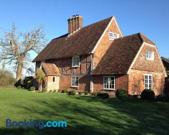Ranvilles Farm House - Romsey - Building