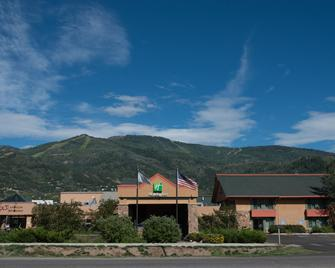 Holiday Inn Steamboat Springs - Steamboat Springs - Gebouw
