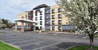 Fairfield Inn by Marriott Binghamton - Бингемтон