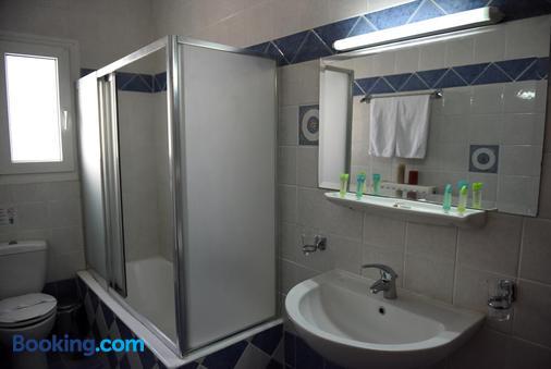 Blue Sea - Mytilene - Bathroom