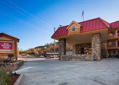 Best Western Plus Yosemite Way Station Motel - Mariposa - Rakennus