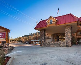 Best Western Plus Yosemite Way Station Motel - Mariposa - Edificio