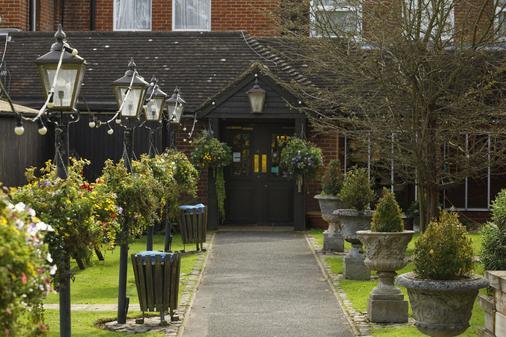 The Victoria Hotel - Canterbury - Cảnh ngoài trời