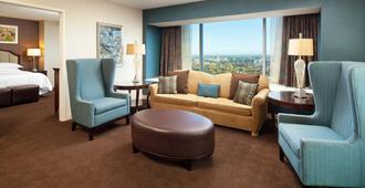 Sheraton Grand Sacramento Hotel - Sacramento - Olohuone
