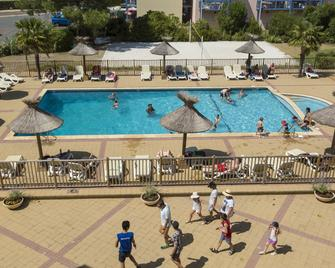 Odalys Residence du port - Hourtin - Pool