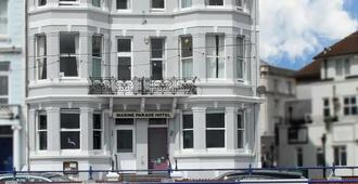 OYO Marine Parade Hotel - Eastbourne - Rakennus