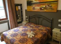 ريو جروبو - مانارولا - غرفة نوم