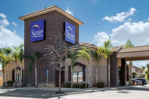 Sleep Inn & Suites - Bakersfield - Building