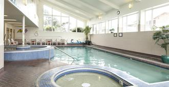 Hallmark Resort - Cannon Beach - Cannon Beach - Pool