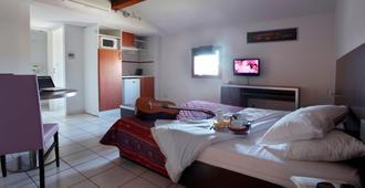 Adonis Carcassonne - Residence la Barbacane - Carcassonne - Bedroom