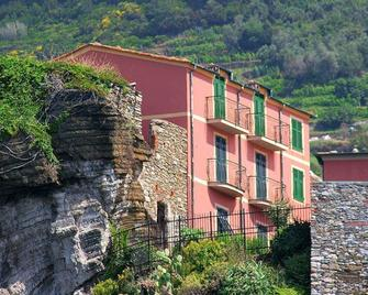 Hotel Gianni Franzi - Vernazza - Building