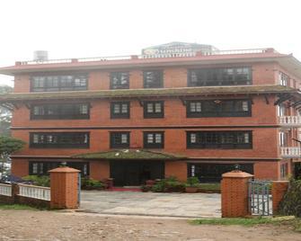 Nagarkot Sunshine Hotel - Nagarkot - Building