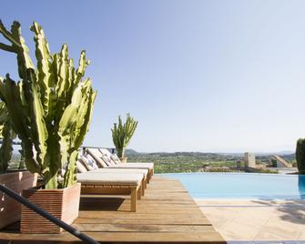 Can Cota Boutique Hotel - Selva - Pool