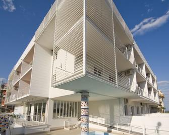 Residence Rosburgo Sea Resort - Roseto degli Abruzzi
