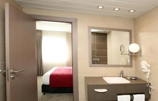 Golden Tulip Kassel Hotel Reiss - Kassel - Bathroom