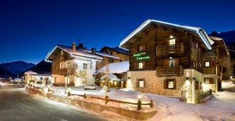 Hotel Capriolo - Livigno - Byggnad