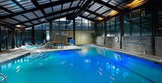 Riverhouse on the Deschutes - Bend - Piscina