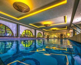 Budapest Airport Hotel Stáció Wellness & Conference - Vecsés - Piscina