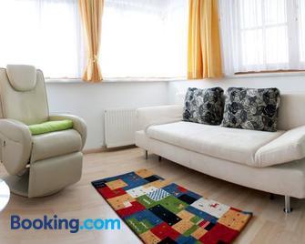 Haus Nikola - Telfes - Living room