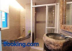 Seasons Bali Fashion Inn - Hengchun - Phòng tắm