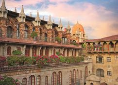 The Mission Inn Hotel & Spa - Riverside - Rakennus