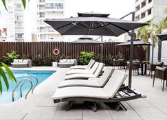 Holiday Inn Rosario - Rosario - Pileta