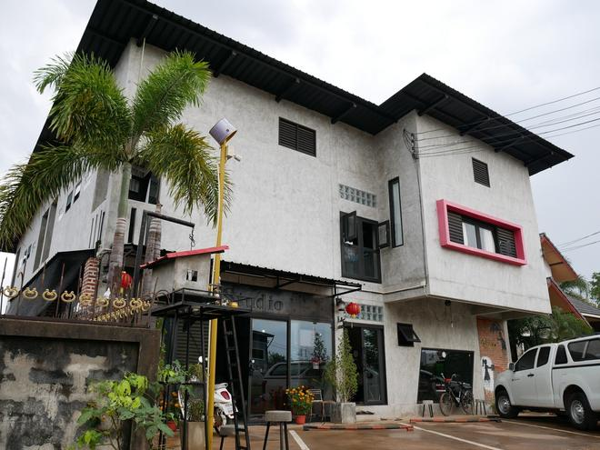 41 Studio - Adults Only - Nakhon Phanom - Building