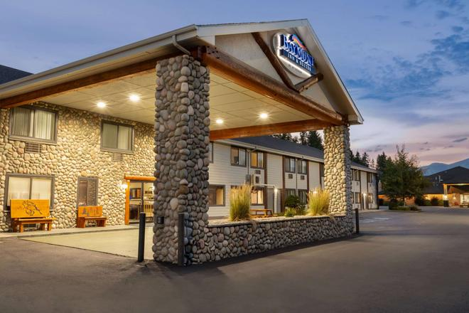 Baymont by Wyndham Whitefish - Whitefish - Building
