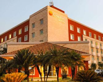Comfort Hotel Araraquara - Araraquara - Gebäude