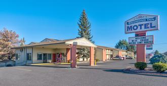 Redmond Inn - Redmond - Building