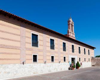 AC Hotel Palacio de Santa Ana by Marriott - Valladolid - Building