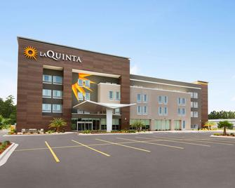 La Quinta Inn & Suites by Wyndham Brunswick/Golden Isles - Brunswick - Building