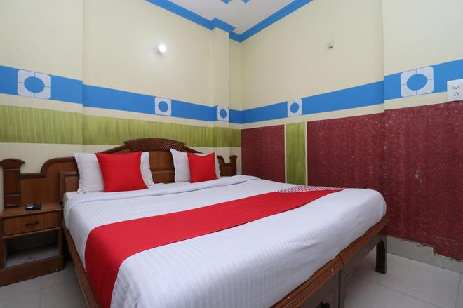 OYO 30100 Lucky Guest House - Amritsar - Bedroom