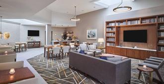 Sheraton Portland Airport Hotel - Portland - Sala de estar