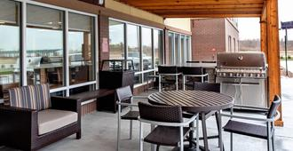 TownePlace Suites by Marriott Louisville Airport - Louisville