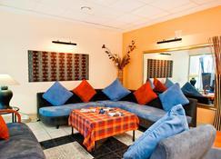 Protea Hotel by Marriott Walvis Bay - Walfischbucht - Wohnzimmer