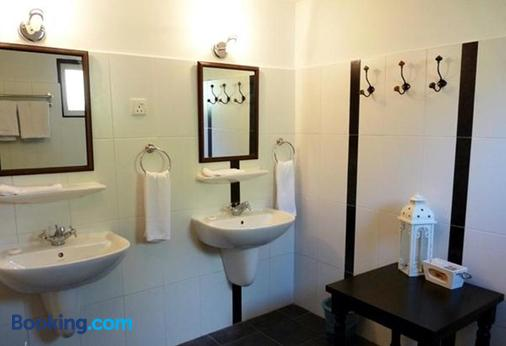 Smokehouse Hotel Cameron Highlands - Bringchang - Phòng tắm