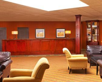 Four Points by Sheraton West Lafayette - West Lafayette - Obývací pokoj
