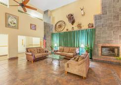 Ramada by Wyndham Williams/Grand Canyon Area - Williams - Lobby