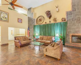 Ramada by Wyndham Williams/Grand Canyon Area - Williams - Lobby