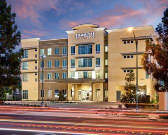 Staybridge Suites Anaheim At The Park - Anaheim - Building